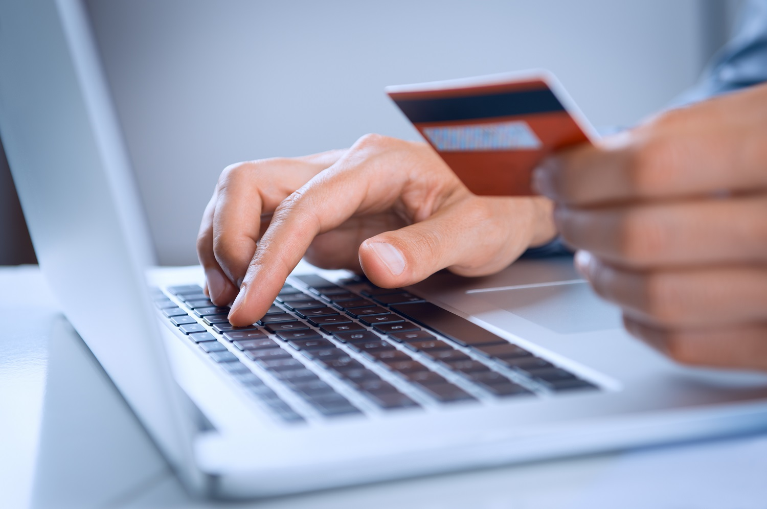Shopping Online And Safety - How Safe is Online Shopping?